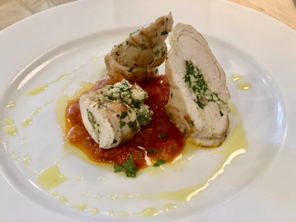 ROLLED CHICKEN BREAST WITH ROCKET STUFFING